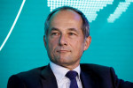 Risk haunts Societe Generale's Oudea in elusive hunt for growth