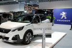 Peugeot maker PSA's car revenue returns to growth after lockdowns