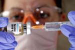 Ibovespa encosta em 110 mil pontos com otimismo sobre vacinas