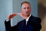 Volkswagen enfrenta crise de liderança com presidente pedindo voto de confiança