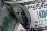 Dólar tem maior queda em dois anos e meio com exterior e BC