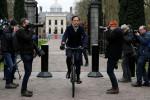 オランダ内閣総辞職、育児手当不当返還で引責