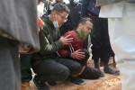 السلطات الليبية تسلم جثمانين عثر عليهما في مقابر جماعية لدفنهما