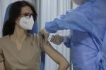 Pfizer reduz até pela metade entrega de vacinas a alguns países da UE