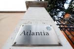 Atlantia debole in attesa Cda su offerta per Aspi