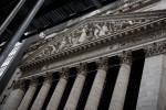 مؤشر ناسداك يفتح منخفضا بعدما أثارت خطة تحفيز أمريكية مخاوف التضخم