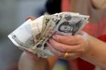 Nuevos préstamos chinos en yuanes saltan a máximo histórico en enero