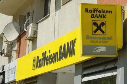 Austrian bank Raiffeisen plans to sell stake in insurer Uniqa