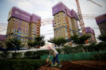 After building boom, South Korea girds for housing glut