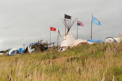 North Dakota pipeline fight gives spark to Native American activism