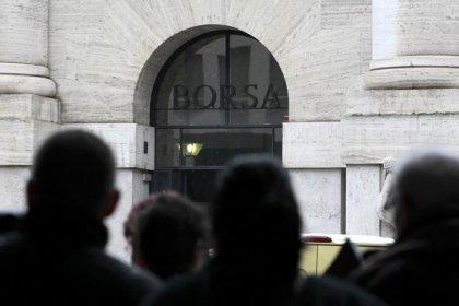 Borsa Milano recupera e chiude piatta, in calo Fca, Telecom It