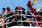 Migranti, Frontex: sbarchi in Italia in calo del 57% a luglio su mese