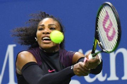 Serena eyes 'outrageous' Australian Open return