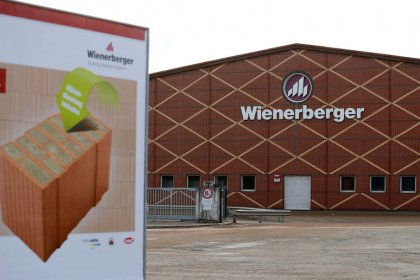 Brickmaker Wienerberger warns of bleaker outlook for UK market, shares fall
