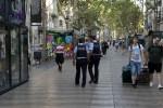 Los atacantes de Cambrils llevaban cinturones explosivos falsos: Puigdemont