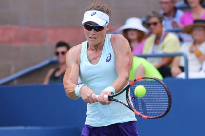 Tennis: Stosur withdraws from U.S. Open with injured hand