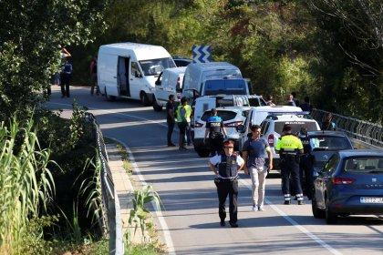 Polícia espanhola mata suspeito por ataque em Barcelona