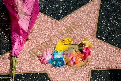Celebridades prestam homenagem a lendário comediante Jerry Lewis