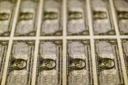 Dólar cai ante real com investidores animados com Eletrobras e à espera de TLP