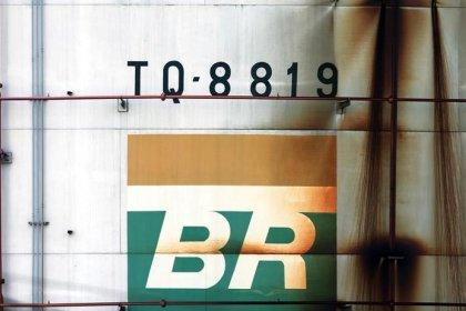 Conselho da Petrobras decide afastar diretor de Governança e Conformidade