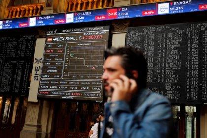 Borse Europa in rialzo spinte dai ciclici, cade Dixons Carphone