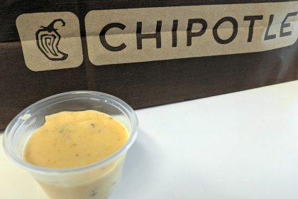 Chipotle slides as customers turn up noses at cheese dip