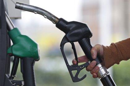 Oil edges off recent high ahead U.S. stock data, OPEC meet