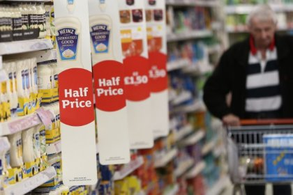 Shopping surge in August boosts British rate hike bets