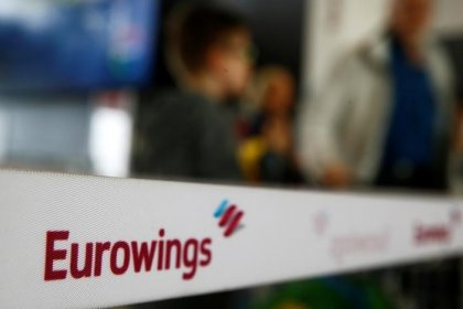 Eurowings wins union backing to speed up hiring amid Air Berlin turbulence