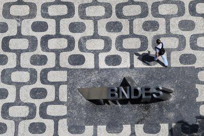 BNDES cede à pressão do governo e devolverá R$50 bi à União este ano, diz fonte