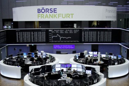 Banks boost European bourses after Fed signals December rate hike