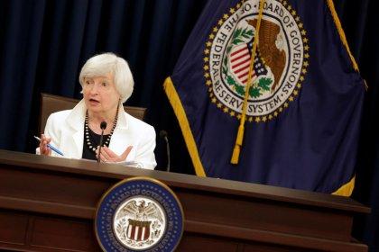 Dollaro tocca massimo due mesi su yen dopo Fed, euro recupera quota 1,19