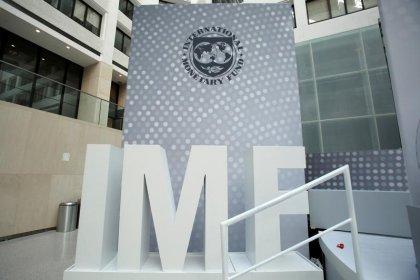 La baisse des dépenses publiques françaises doit être vite précisée, selon le FMI