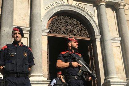Испания пошлет больше полицейских в Каталонию, чтобы помешать референдуму о независимости