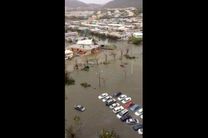 مخاوف من انهيار سد في بويرتوريكو بعد الإعصار ماريا