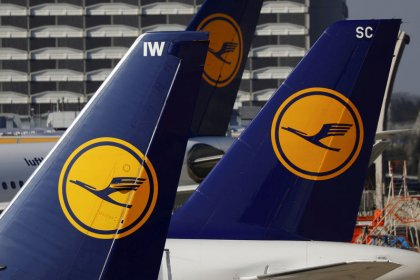 Lufthansa seen offering to pay 200 million euros for Air Berlin assets: source
