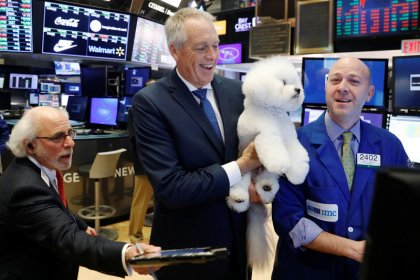 Wall Street enchaîne, de justesse, sa 6e séance consécutive de hausse