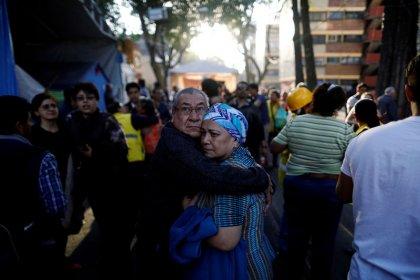 زلزال بقوة 7.2 درجة في المكسيك يقطع الكهرباء ويلحق أضرارا بمنازل دون سقوط قتلى