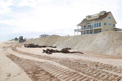 Lo que el viento se llevó: las tormentas ahondan la falta de arena de las playas de Florida