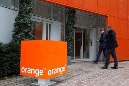 Orange accélère en 2017, la France retrouve la croissance