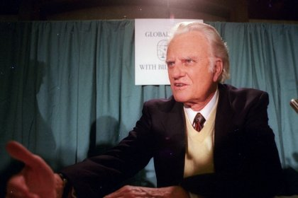 Billy Graham, preacher to millions, adviser to U.S. presidents, dies at 99