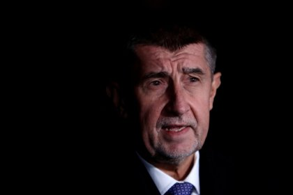 Centre-left party joins tangled Czech coalition talks