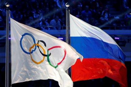 COI cogita permitir que Rússia use a própria bandeira no encerramento da Olimpíada de Inverno