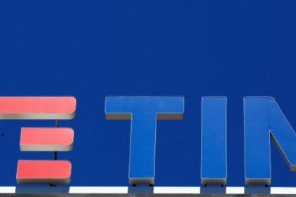 Tim lavora con Goldman Sachs, Credit Suisse su separazione rete