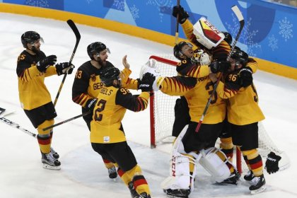 Germany stun Canada to make first final