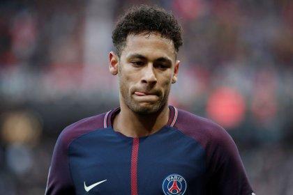 Fifa encerra envolvimento em disputa de Neymar e Barcelona sobre bônus