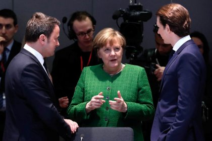 EU leaders resist push for elected Commission chief, merging of posts