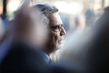De Maiziere kritisiert geplanten Neuzuschnitt des Innenministeriums