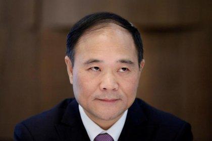 رئيس جيلي الصينية يراهن على توسع عالمي بمليارات الدولارات