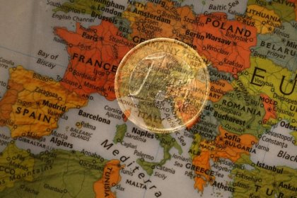 Euro zone corporate lending surges to post-crisis high